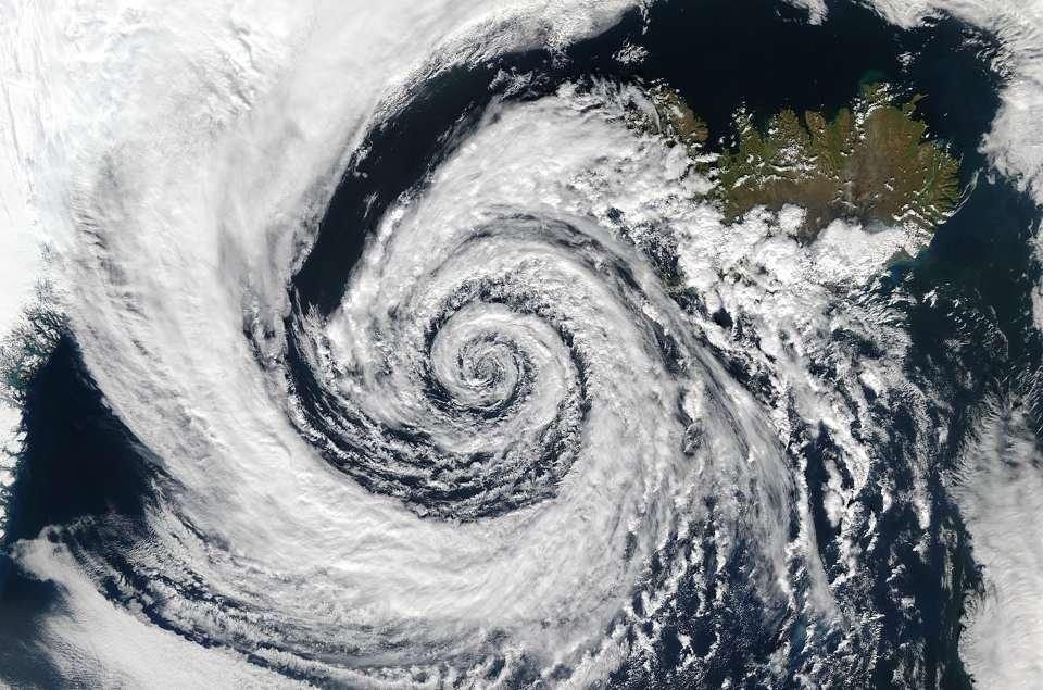 До питання про початок інструментальних метеорологічних спостережень на Конотопщині